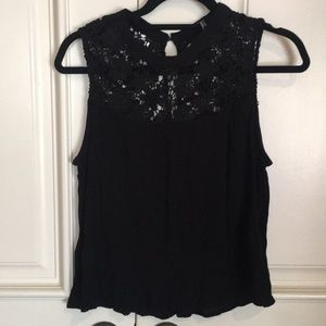 [LIKE NEW] Forever 21: Black Floral Top